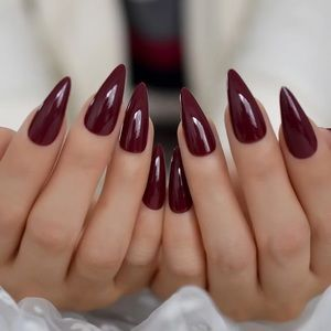 BNIB burgundy press on nails